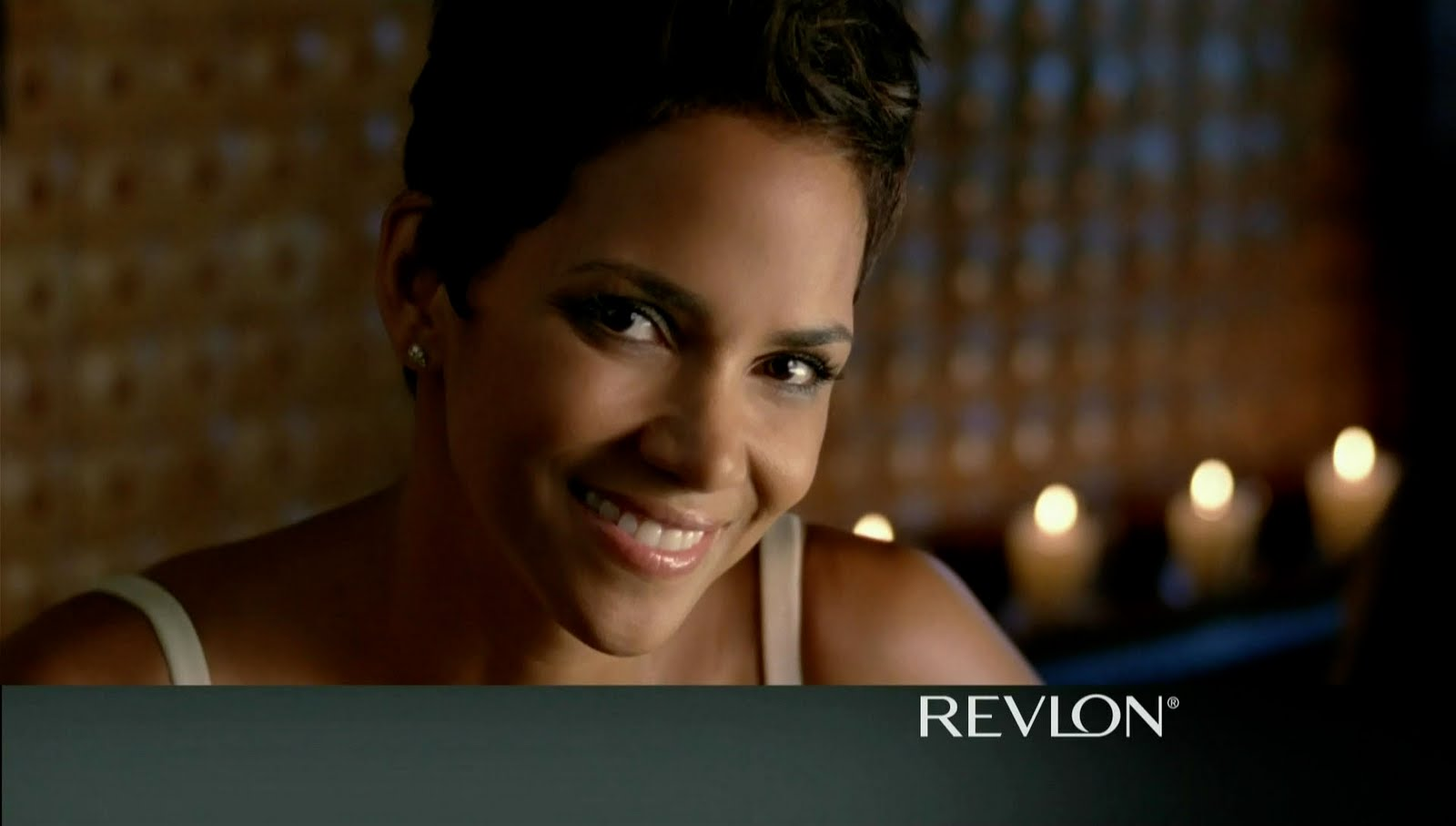 Halle Berry Has Hot Problems - Angry Mob Music