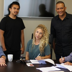 Angry Mob Music Signs Songwriter Allison Kaplan
