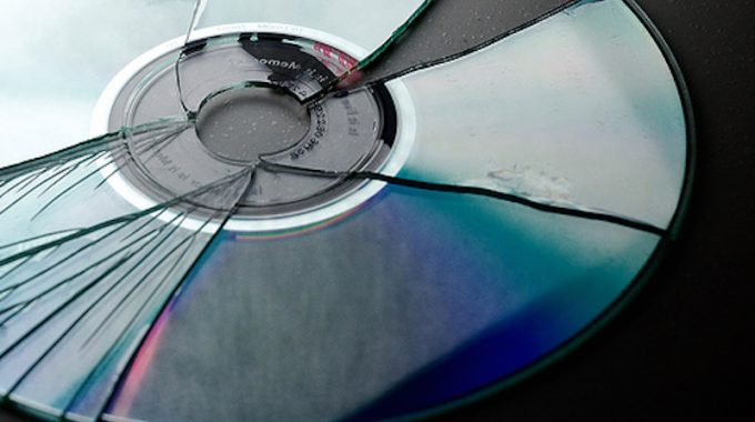 Streaming – The Future Of Physical And Digital Albums